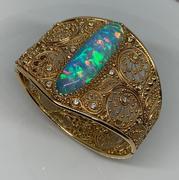 14k Yellow Gold Opal and Diamond Bracelet